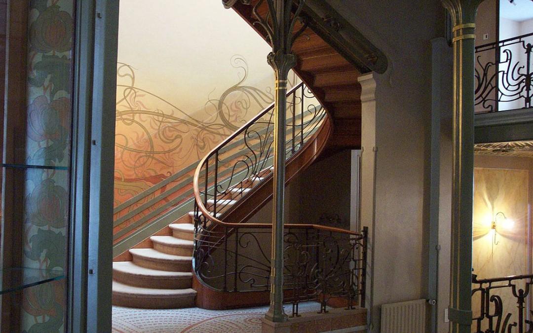 Wprowadzamy luksusowy styl do wnętrza – Art Deco.